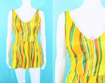 """1970s stripe onepiece 