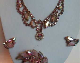 Vintage pink aurora borealis swarovski crystal rhinestone parure choker necklace, brooch, earrings Juliana style