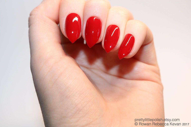Red short stiletto nails Fake nail Stiletto nail Kylie