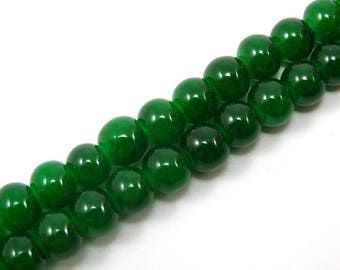 Set of 20 6 mm brilliant green glass beads