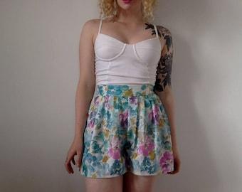 Unique vintage pastel floral print pleated shorts