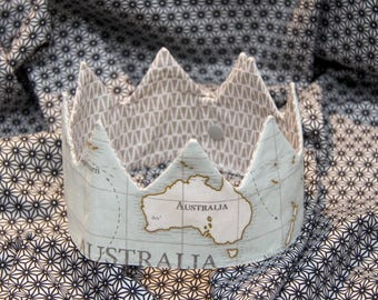 Crown adjustable baby/child - map of the World/Australia