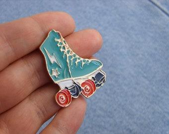 Roller skates pin, enamel pin roller skates party, charms gift roller skates brooch Roller Derby Skate enamel pins lapel pin cute