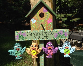 Personalized grandparent birdhouse garden stake with hanging personalized grandchildren in the shape of little birds
