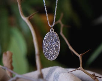 Silver Necklace,Oval Necklace,Engraved Necklace,Organic Necklace,Silver Pendant,#183