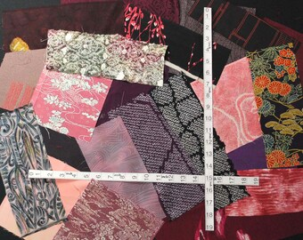 20 kinds of kimono fabric scraps bag 5337J (small pieces)