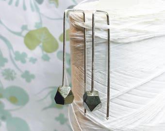 Sterling Silber - Pyrit-Einfädler Einfädler Ohrringe /pyrite Silber / zeitgenössische Ohrringe / moderne minimalistische Ohrringe