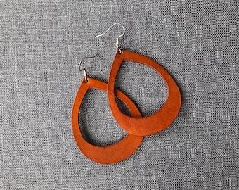 Saddle color, leather open teardrop earring