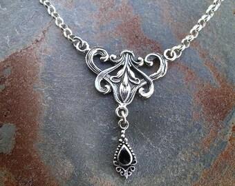 Antiquité-Art Neuveau-Collier - pendentif-argent - Onyx noir incrusté goutte - Rollo en argent chaîne - RF332 -