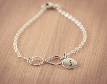 Infinity Love Bracelet  - one(1)  initials , Personal Initial,  Eternity Circle, Infinity Link, in Sterling Silver - Dainty Bracelet