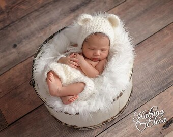 Newborn Bear  Bonnet/ Baby Bear Prop/ Soft White Bear Bonnet/ Newborn Bear Set/ Baby Photo Prop//Bear Hat/ Gender Neutral Prop