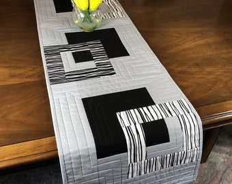 Modern Quilted Table Runner, Black White and Grey Wallhanging, Reversible Tablerunner, Modern Table Decor, Modern Quilted Table Runner