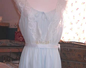 Romantic 50's Nightgown Vintage 1950's Nightgown Blue Lace Nightgown Honeymoon Lingerie Boudoir Lingerie