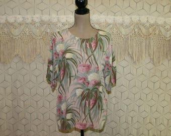 Tropical Floral Blouse Short Sleeve Top Boxy Oversized Rayon Shirt Medium Large Pink Green Karen Kane 90s Vintage Clothing Womens Clothing
