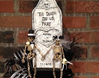 Gothic Wedding Cake Topper,Halloween Wedding,halloween cake topper,black wedding dress,black wedding band,black wedding ring,black sash