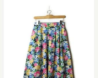 ON SALE Vintage Colorful Floral Flare midi Skirt from 80's/W26*