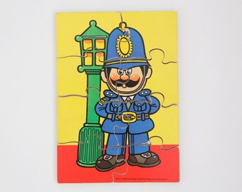 Vintage Victory wooden jigsaw puzzle in policeman design, 1986