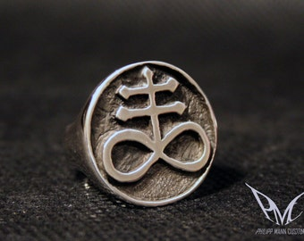 "PMC ""NoCreator"" Sterling Silver Ring Satanic Cross"