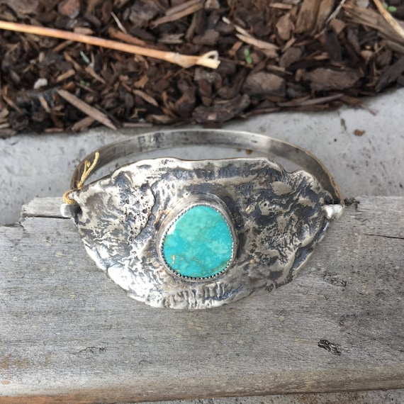 Silver Reticulated Bracelet with Turquoise Cabachon