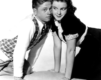 Mickey Rooney and Judy Garland from the 1938 film Love Finds Andy Hardy .