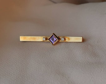 Sweet and charming vintage 14K yellow gold Amethyst and Diamond bar pin