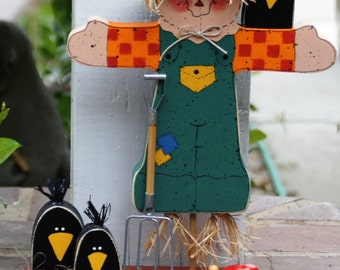 Fall Thanksgiving Scarecrow and Crows Wood Decoration - Table - Shelf - Mantle Sitter