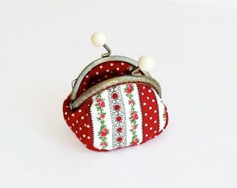 Small Metal Framed Coin Purse / Red and White Kiss Lock Coin Purse - Cute Change Pouch