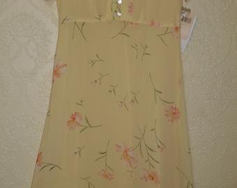 New sunny YELLOW FLORAL EMPIRE Waist Dress sz. 8 petite light weight spring and summer dress