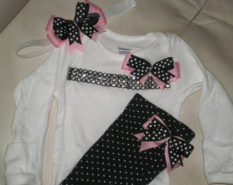 Baby Girl Outfit, Baby Clothing, Onesie and Pants Set, Take Me Home Outfit, Baby Shower Gift