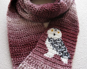 Snowy owl scarf. Red stripes, infinity crocheted scarf with a white snow owl. Long circle cowl. Crochet animal scarf