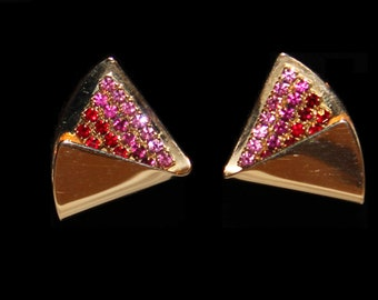 Vintage gold-plated folded corner triangle with pink and red rhinestones clip-on earrings