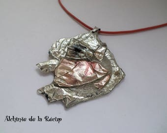 Upcycling CDs and DVDs, pink and metallic grey necklace Pearl