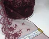 Plum Lace Trim - Exquisit...