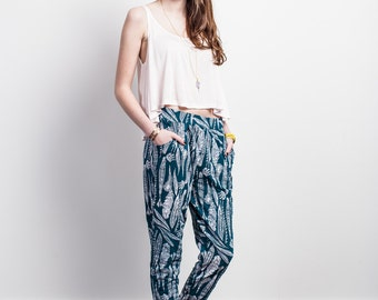 Feather Loose Pant in White on Blue