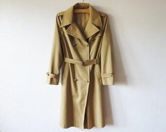 Vintage Women's Trench Coat Beige Khaki Brown Classic Trenchcoat With Belt Light Brown Detective Overcoat Raincoat Preppy Size Large