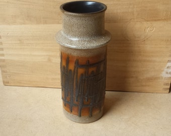 VEB Haldensleben 3092B: East-Germany sixties expressionist design vase