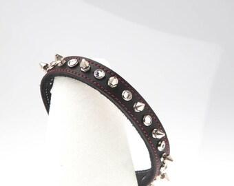 """3/4"""" Breite schwarz Leder Halsband Choker rot genähte Grenze mit Swarovski Crystals & Spikes Chrome/Silber Gotchic Punk Hochzeit handgemachte USA"""