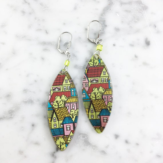 Long Resin earrings handmade, house, color, red, yellow, on stainless steel hook, les perles rares