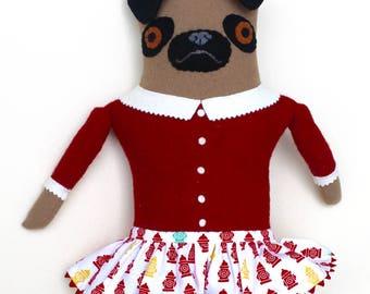 Fille de Carlin dans la bouche d'incendie jupe laine poupée en peluche softie art