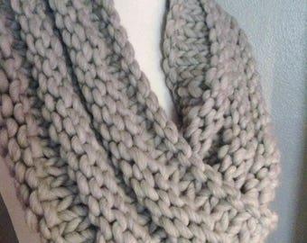 Grey Merino Infinity Scarf, Knit Scarf, Knit Infinity Scarf, Adult Scarf, Möbius Scarf, Neckwarmer, Chunky Grey Scarf, Womens Wool Scarf