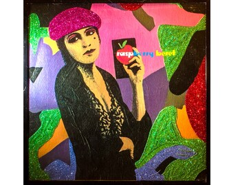 Glittered Prince Raspberry Beret Album