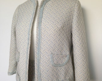 Vintage VOGUE JARIQUES GRIFFE Designer Outfit / Tweed Suit In A Pale Blue And Cream