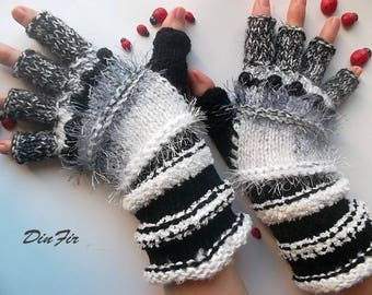 Women Size M Ready To Ship OOAK Half Fingers Wool Mohair Accessories Mittens Wrist Warmers Gloves Winter Hand Knitted Striped Arm Gray 102
