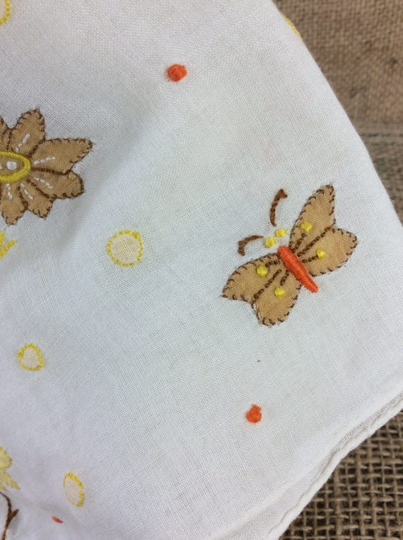 Vintage handkerchief, vintage 1960's handkerchief, vintage accessories, flowers and butterflies, embroidered hankie, vintage dainty hankie