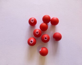 10 red beads 6mm acrylic