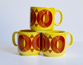 Retro Royal Alma Coffee Mugs  Bright Yellow and Red Graphic Set of Three