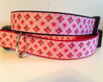 Vintage Style Pink and Red Roses on Black or Red Nylon 1 inch Large Dog Collar