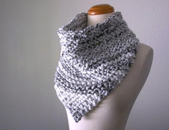 Bandit Bandana Cowl Knitting Pattern Chunky Knit Triangle