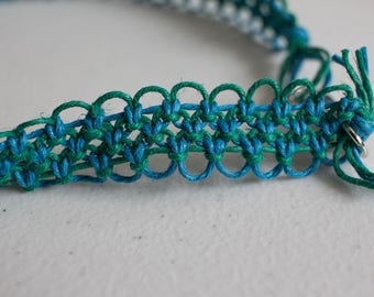 20 inch turquoise and green hemp necklace