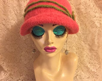 Corral Vintage Inspired Crocheted Felted Cloche Flapper Hat 'Carrie Bell'